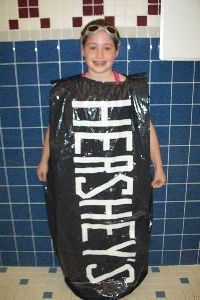 Sewing Ideas, Sewing Crafts, Hershey Bar, Chocolate Dreams, Trash Bag, Baby Love, Costume Ideas, Classroom Ideas, Craft Projects