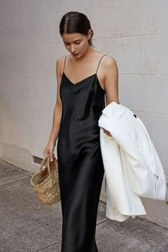 95234edcde 629 Best All Black Outfits images in 2019 | Black denim jeans ...