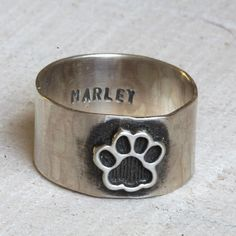 Pet paw ring dog or cat ring pet memorial ring by PraxisJewelry Praxis Jewelry. Want Lynxie Doodle Game Mode, Cat Ring, Dog Jewelry, Animal Jewelry, Jewelry Rings, Jewellery, Pet Paws, Pet Memorials, Dog Love