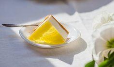 Ciasto bez pieczenia i sernik na zimno - trzy sprawdzone przepisy, które zawsze się udają Panna Cotta, Curry, Fruit, Ethnic Recipes, Food, Dulce De Leche, Curries, Essen, Meals