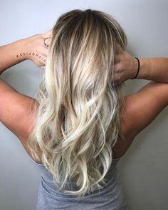 Bright Blonde Balayage   #Natural #Blonde #Balayage #Highlights