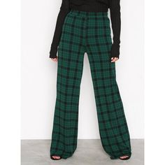 Nly Trend Wide Check Pants ($39) ❤ liked on Polyvore featuring pants, checkered, pants & shorts, womens-fashion, nly trend, green jersey, checked pants, elastic pants and checkered pants