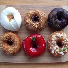 Unos #donuts muy especiales Raspberry Coullis  #Peanut butter w. #strawberry jam  #Vanilla bean w. Fresh Honeycomb. Repost @thefoodiehub.com.au #thefoodiehub #chefsroll #rollwithus #chefstalk #chefsofinstagram #instafoodies #instagood #lafood #lcbla #lecordonbleu #learningtheway #foodies #food #food_art #food_porn #foodnetwork #internationalcook #chef #cookingwithlove #cookingwithconfidence #cooks #healthyfood  #followyourpassion