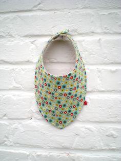 Bavoir bandana bébé tissu bleu étoilé _ fait main par Decofil : Mode Bébé par decofil