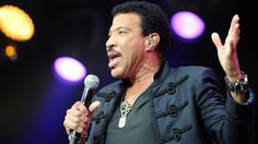 Lionel Richie associe l'échec de son second mariage au travail