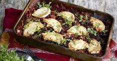 Kaali-punajuuripaistos - Järvikylä Cakes And More, Sprouts, Potato Salad, Cauliflower, Recipies, Potatoes, Chicken, Meat, Vegetables