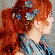I love this copper hair colour. Honestly, who doesn't?