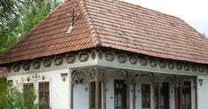 Roof Design, Romania, Houses, Traditional, House Styles, Outdoor Decor, Home Decor, Fashion, Homes