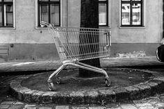 Oh Vienna . 2015 . 159 . Lost and Found . Nicole Andermatt #Vienna #Wien #streetphotography