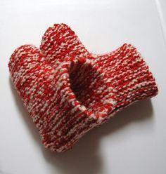 Pantoufles bottillons Plus Knitting Patterns Free, Knit Patterns, Free Pattern, Knitted Slippers, Knitting Needles, Knitting Projects, Fingerless Gloves, Arm Warmers, Knit Crochet