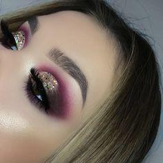 Eyes: Anastasia Beverly Hills modern renaissance eyeshadow palette #makeup #beauty #abh #ad