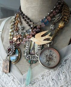 If you must have statement jewelry, make it this. The French Circus/oh my where can I find this?!!!!!!