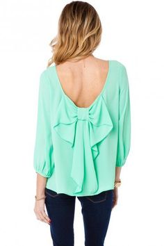 #ad Bows + Mint = Spring Must Have! Can't wait to pair it with my skinny jeans and some tory burch flats <3