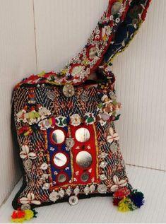 OOAK Vintage India Banjara Tribal Textile Embroidery Patchwork Mirrorered Handbag
