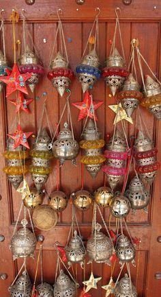Crafts on display at Nizwa Souk, Nizwa, Oman