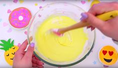 How To Make Homemade Cake Batter Slime Without Borax – Slime Ideas For Kids – Parties – Crafts {Easy Slime Recipe With Video} Fluffy Slime Recipe, Diy Fluffy Slime, Easy Slime Recipe, How To Make Slime, How To Make Homemade, Food To Make, Borax Slime, Diy Slime, Pretty Slime