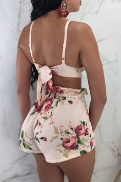 Pink Flowers Pleated Crop Tie Back Spaghetti Strap Two-piece Bohemian Clubwear Short Jumpsuit Crop Top And Shorts, High Waisted Shorts, Crop Tops, Maxi Skirt With Slit, Summer Shorts Outfits, Europe Fashion, Fashion Online, Trend Fashion, Women's Fashion