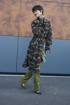 Patterns and prints spotted on the streets of Paris.