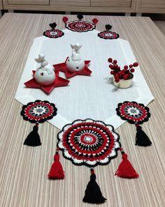 Crochet Table Mat, Crochet Table Runner Pattern, Crochet Placemats, Crochet Coaster Pattern, Crochet Edging Patterns, Macrame Patterns, Crochet Designs, Crochet Fabric, Crochet Mandala