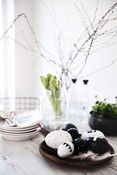 Dé trend voor Pasen: zwart wit (blog: http://www.jouwwoonidee.nl/trend-pasen-zwart-wit/)
