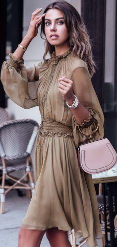 Street style casual street style, street chic, street style summer, c Street Style 2017, Casual Street Style, Street Style Summer, Street Chic, Office Fashion Women, Womens Fashion, Long Sleeve Chiffon Dress, Chiffon Dresses, Casual Dresses