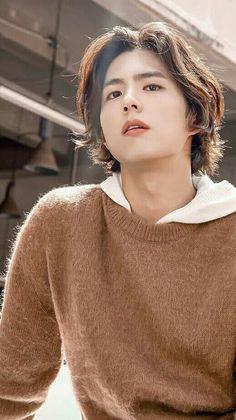 Asian Actors, Korean Actors, Park Bo Gum Cute, Park Bo Gum Wallpaper, Park Go Bum, Asian Men Fashion, Hair Reference, Beautiful Boys, Hair Inspo