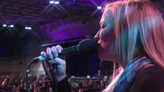 Anna Blanc - Isaiah 42 (onething 2011) .... Great song!!!