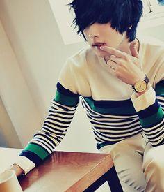 Ulzzang won jong jin ulzzang fashion, korean fashion men, emo f Won Jong Jin, Cute Emo Boys, Emo Guys, Guys And Girls, Cute Guys, Cute Asian Guys, Beautiful Boys, Pretty Boys, Go Sang Gil