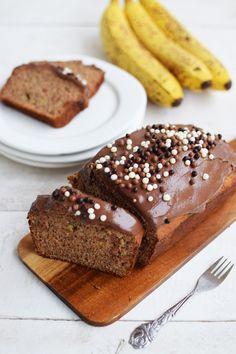 Νηστίσιμο Κέικ Μπανάνας Με Παπαρουνόσπορο Και Ταχίνι Κακάο   Cool Artisan