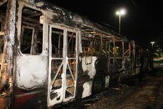"""INVESTIGAÇÕES  """"Ação orquestrada"""", diz Sérgio Fontes sobre ataques a ônibus em Manaus  Secretário de Segurança afirmou que novos vândalos ..."""