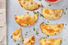 Pasteitjes gevuld met kruidig gehakt en gekookt ei - Recept - Allerhande