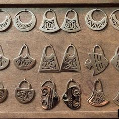 Displaying the media for the username LO joyeria Bold Jewelry, Ear Jewelry, Statement Earrings, Jewelry Crafts, Silver Earrings, Jewelery, Silver Jewelry, Jewelry Making, Unique Jewelry