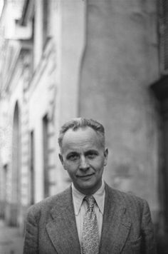 Louis Aragon, 1945 by Henri Cartier-Bresson Henri Cartier Bresson, Candid Photography, Street Photography, Philippe Soupault, Louis Aragon, Dream Pictures, Writers And Poets, French Photographers, Magnum Photos