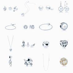 As linhas  Sentimentos de Amor, Corações Apaixonados e Brilho Luminoso da Pandora ganham 16 peça💞 São colares, anéis, charms e braceletes; perfeitas para serem presenteadas nesse dia das mães! As novas jóias já estão disponíveis nas lojas! @theofficialpandora #jewelry #jewels #fashion #trendy #accessories #style #blog #blogger #blogueirasbrasil #glam #joias #pink #moda #tendencias #diamonds #tumblr #pinterest #beautyblogging #beautiful #beautyblogs #bloggerstyle #fashionista #fashionblogger…