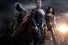 Dos quadrinhos para o cinema: Filmes da DC.  Veja mais em efacil.com.br/simplifica