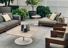Find out all of the information about the Minotti product: modular sofa / contemporary / outdoor / fabric INDIANA. Outdoor Seating, Outdoor Sofa, Outdoor Spaces, Outdoor Living, Outdoor Decor, Outdoor Fabric, Outdoor Furniture Design, Sofa Furniture, Sofa Design