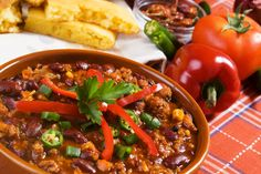 Lean Beef Chili - A great lean recipe to warm you up. You can even make a double batch and freeze for later.  #GreenBoxFoods