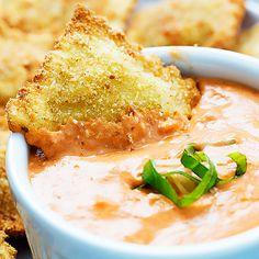 Toasted Ravioli with Cheesy Marinara Sauce Recipe - RecipeChart.com ...