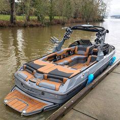 Speed Boats, Power Boats, Malibu Boats, Ski Nautique, Wakeboard Boats, Cruiser Boat, Ski Boats, Yacht Boat, Luxury Pontoon Boats