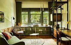 hotel-v-fizeaustraat-guest-room-1