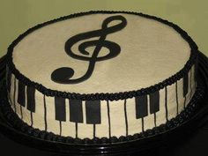Instead of the music note on top, put a violin and bow Music Themed Cakes, Music Cakes, Beautiful Cakes, Amazing Cakes, Bolo Musical, Music Theme Birthday, 2nd Birthday, Birthday Ideas, Piano Cakes