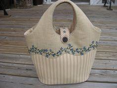 Very pretty tote bag