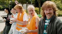 VIDEO: Junge! Lass die Finger von meinen Nuggets! Die 'New Kids Turbo' zum totlachen!  Die New Kids Turbo teilen alles, nur nicht ihr Essen. Da hört die Freundschaft definitiv auf. Hier die coole Szene nochmal im Video in voller Länge sehen. >>> http://bit.ly/2KT79hv  #NewKidsTurbo #Holland #Nuggets