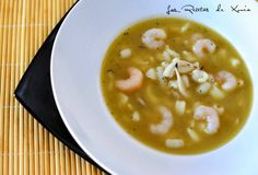 Sopa sepia y gambas Dukan Soup Recipes, Healthy Recipes, Healthy Food, Cheeseburger Chowder, Ethnic Recipes, Soups, Shrimp Soup, One Pot Dinners, Onion