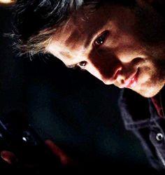 Dean Winchester ...hdjnrifjfnrjfjllkkdm hehe *girly giggles