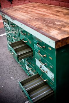 914Vintage Work Bench Drawer Unit