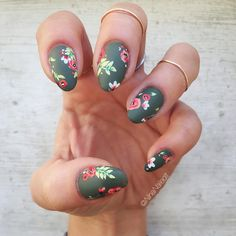 """1,251 mentions J'aime, 35 commentaires - Nina Park. Nail Art. Boston. (@ninanailedit) sur Instagram : """"One more of my @dopedigits Welcome to the Jungle mani!! It's been a long time since I've had a mani…"""""""