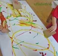ESOS LOCOS BAJITOS DE INFANTIL: MURAL DE OTOÑO Plastic Cutting Board, Painting, Autumn, School, Koalas, Infant Crafts, Parties Kids, Toddler Activities, Infant Activities