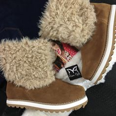 Ugg Boots, Uggs, Shoes, Fashion, Moda, Zapatos, Shoes Outlet, Fashion Styles, Shoe