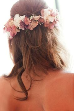 Beauty red, white and pink flowers crown